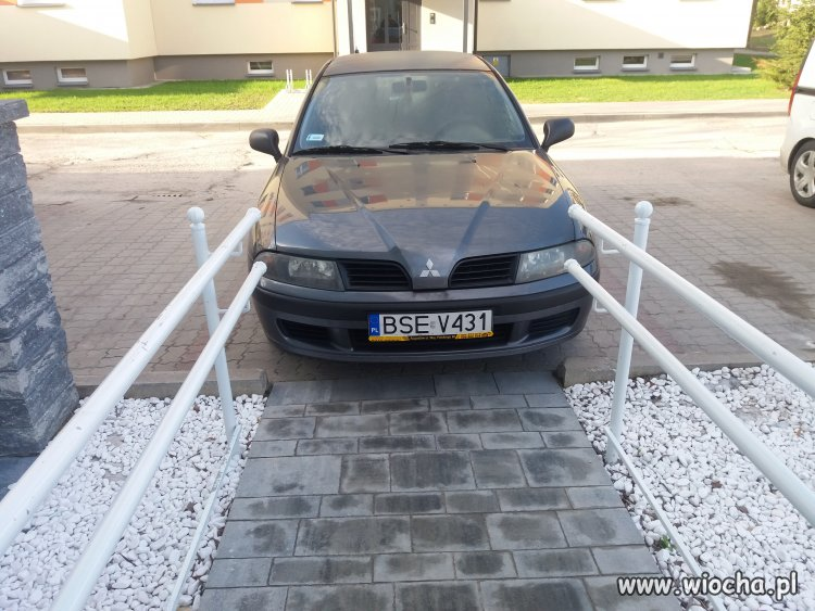 Tak-sie-parkuje-w-Augustowie