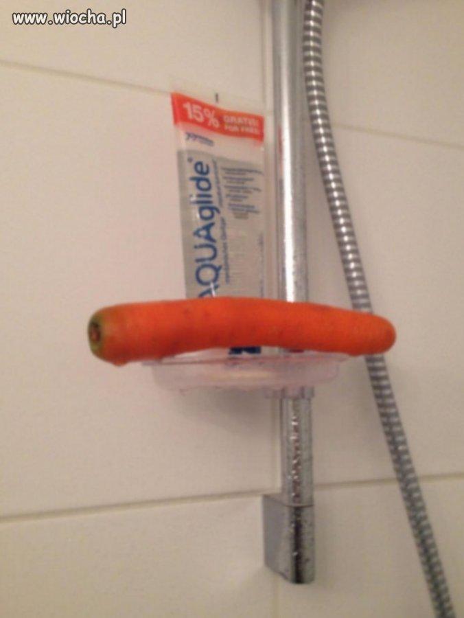 Wspollokatorka-brala-prysznic