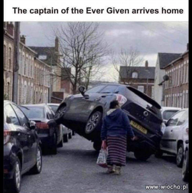 Kapitan statku Ever Given wraca do domu
