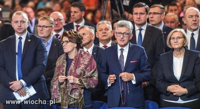 Piotrowicz-z-rozancem
