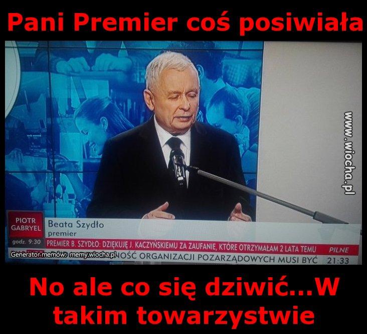 Pani-Premier-cos-posiwiala