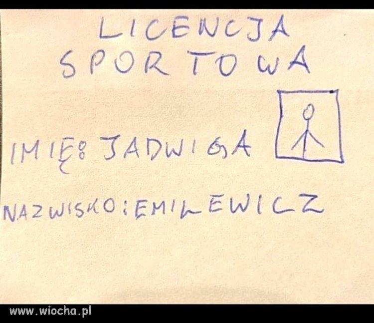 Jadwiga-ma-juz-te-cholerna-licencje-sportowa-na-szusowanie
