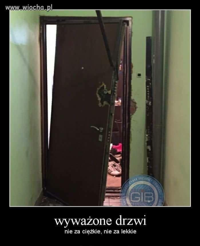 Porzadne-drzwi