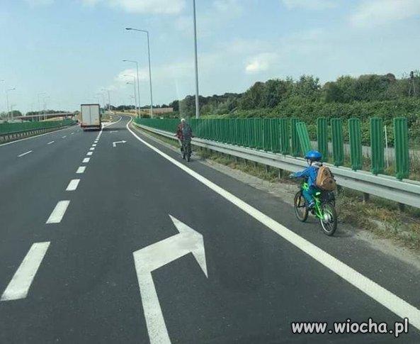 Wycieczka-rowerowa-z-synem-...-expresowka