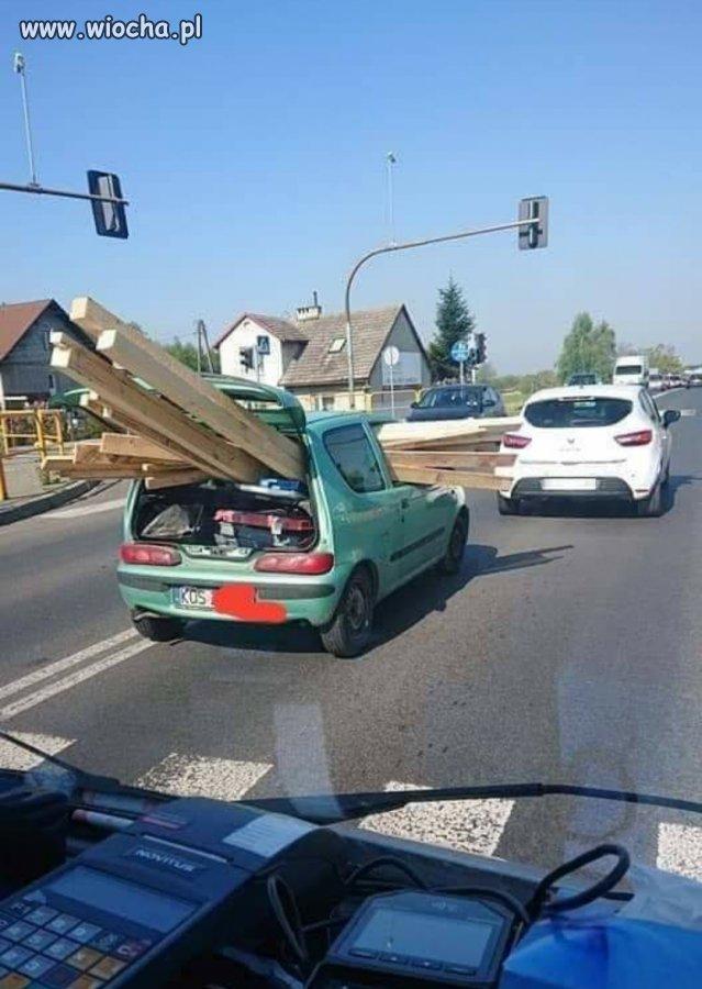 Hallyna-Kurla-Mowilem-ze-dodatkowy