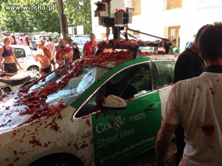 Krasnik--Google-Street-View-zniszczony-bo-to-zlo
