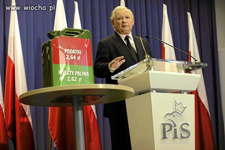 Rok-2011-prezes-polski-krytykuje-rzady-platfusow