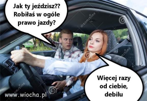 Kobieta-za-kierownica