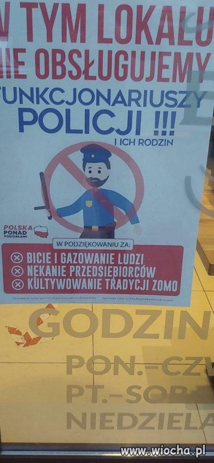Witryna lokalu Byczy Burger w Toruniu. Szacun.