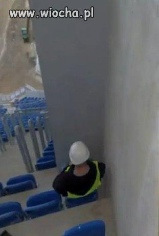 Budowniczy-stadionu-sie-postarali