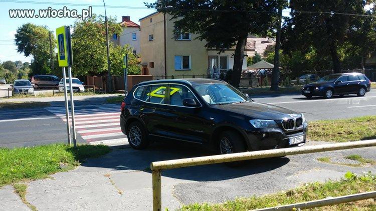 Buractwo-z-BMW-zobowiazuje