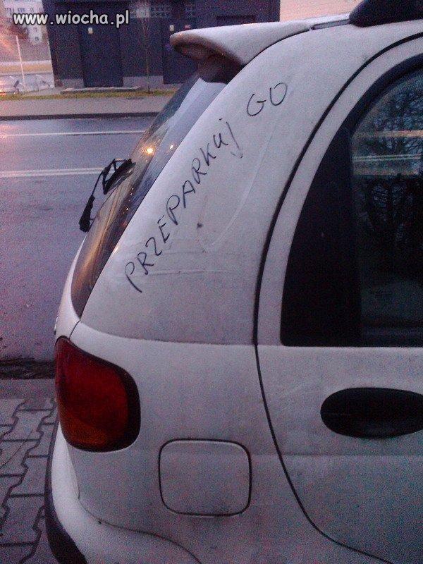 Przeparkuj go
