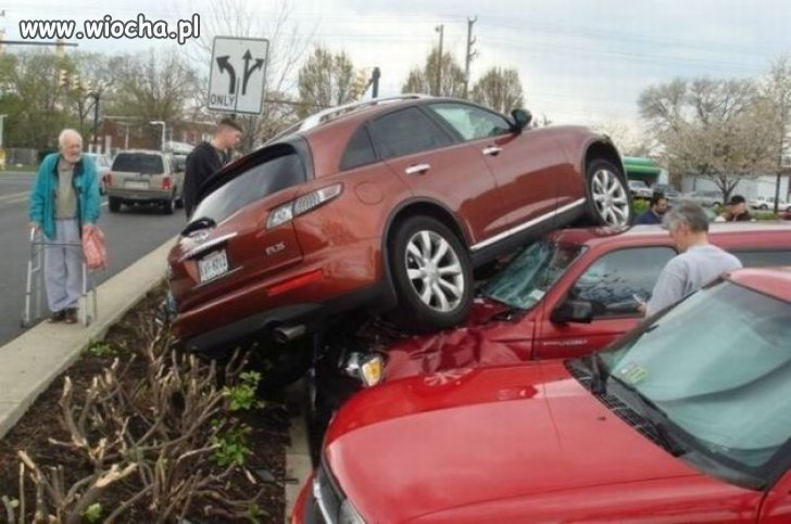 Nie-ma-to-jak-po-mistrzowsku-zaparkowac-auto