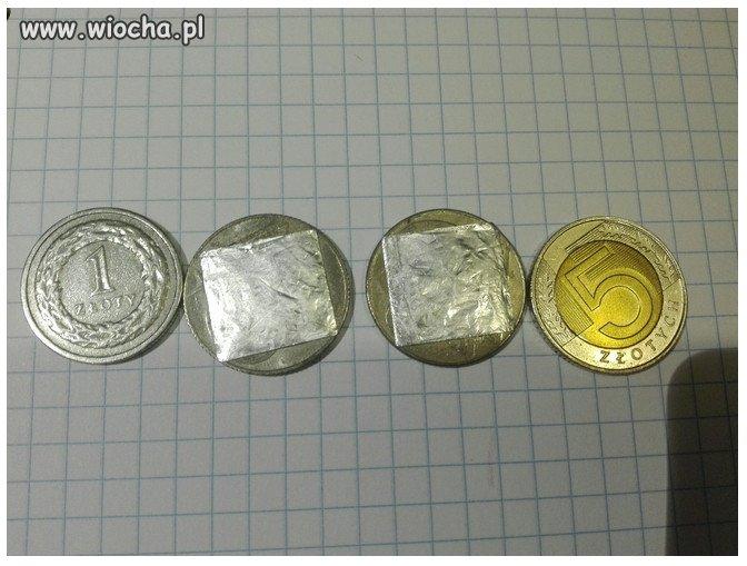 400 przerobionych starych monet w biletomatach