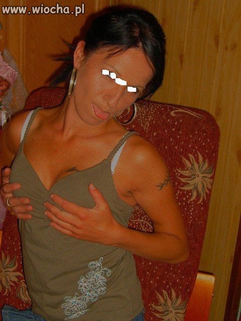 Jezyczek-i-piersi-mam