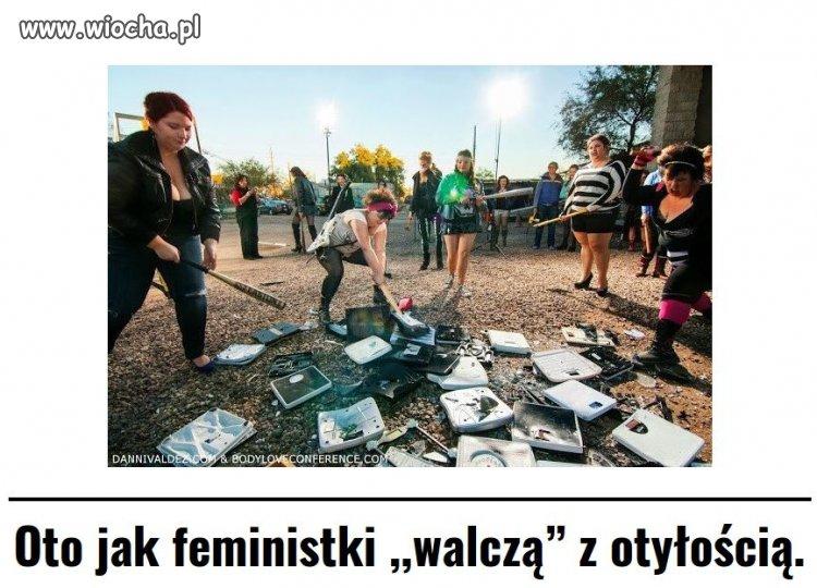 Feministki-rozwalajac-wagi-walcza-z-otyloscia